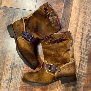 FRYE Veronica Calf Hair Short Boot Cognac